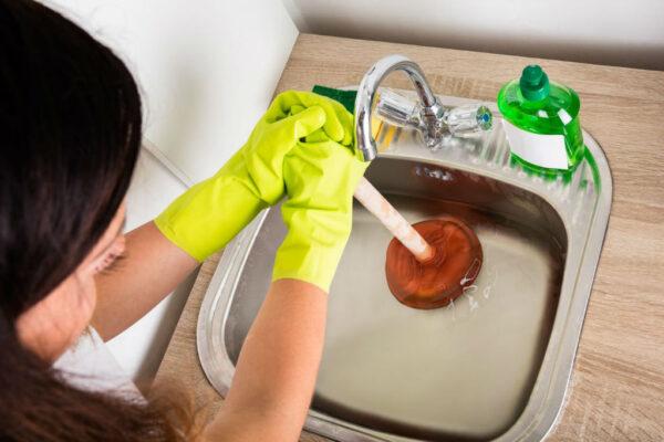 5 DIY Hacks To Unblock A Sink Drain